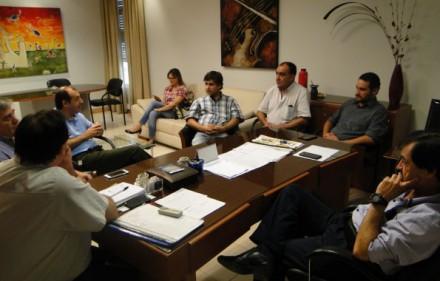 g-mez-samela-y-el-intendente-de-castelli-acordaron-agenda-de-gesti-n-sanitaria__Gomez Samela y Nievas.JPG_595