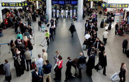 Controles en aeropuertos de Europa