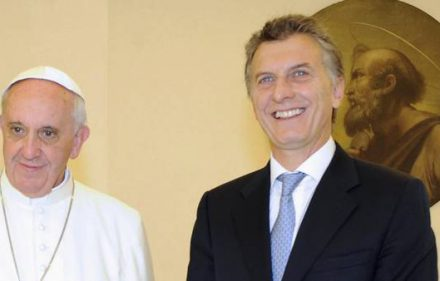 macri-llamo-papa-cumpleanos-afp_claima20151217_0166_28