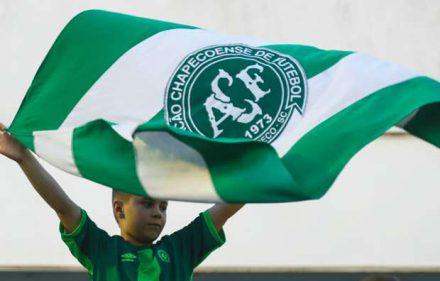 chapecoense-fans-arena-conda-30112016_1rehvm4nguhokzht1oky9csz2