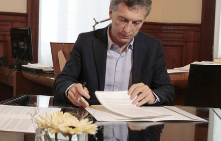 macri-firmando