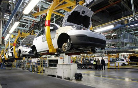 industria-automotriz_1-800x445
