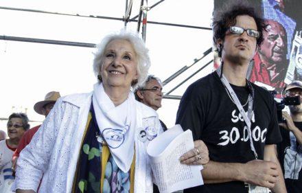 zzzznacp2NOTICIAS ARGENTINAS BAIRES, MARZO 24: La presidenta de Abuelas de plaza de Mayo, Estela de Carlotto, participa de los actos en conmemoración del 41° aniversariol último golpe de Estado, en plaza de Mayo. Foto NA: Mariano Sanchez zzzz