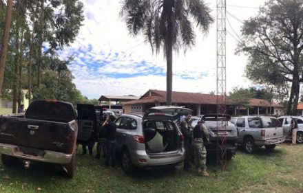 Autos-abandonados-asalto-Prosegur-Ciudad-del-Este