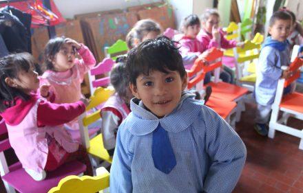 Los-chicos-del-Jardin-de-Infantesya-disfrutan-del-nuevo-mobiliario
