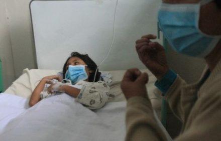 HOSPITAL DE ESSALUD EN CHICLAYO, PACIENTES CON GRIPE PORCINA RECIBE TRATAMIENTO