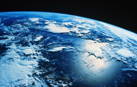 Stephen-Hawking-planeta-2