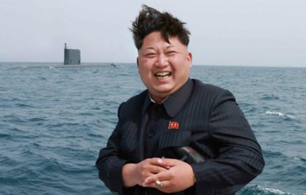 150508211850-kim-jong-un-sub-missile-test-0905-full-169