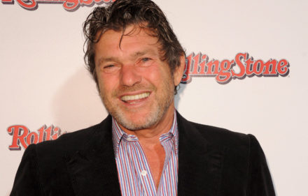 epa01506344 Rolling Stone founder and publisher Jann Wenner arrives at the Rolling Stone Revival party in Sydney, Australia, 01 October 2008. The Rolling Stone Revival party celebrates ACP Magazines' acquisition of the iconic masthead and the launch of the magazine's new look.  EPA/TRACEY NEARMY  AUSTRALIA AND NEW ZEALAND OUT