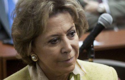 zzzznacp2 NOTICIAS ARGENTINAS  BAIRES, MARZO 5: (ARCHIVO)La exfuncionaria menemista  María Julia Alsogaray quedó hoy bajo prisión domiciliaria para  cumplir una condena de cuatro años a raíz de una sentencia de 2013, por la contratación de pasantes para la Secretaría de Medio Ambiente. FOTO NA: (ARCHIVO) DANIEL VIDES zzzz