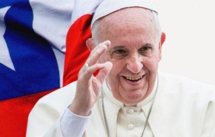 pope-francis-chile-flag-jordc3a1n-francisco-cc-c2a9-mazur-catholicnews-org-uk-cc-aleteia-cc-685x320