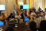 22/02/2018 El presidente Mauricio Macri recibió a familiares de la tragedia de once en el salón Eva Peron de la Casa Rosada. (Foto. Lucía Merle)
