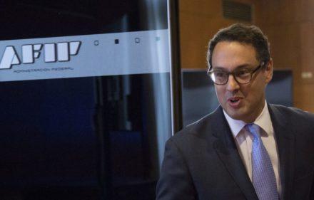 zzzznacp2NOTICIAS ARGENTINAS BAIRES, ABRIL 3: La recaudación impositiva aumentó en marzo 36,9% interanual, al alcanzar los $238.836 millones, anunció hoy el nuevo jefe de la AFIP, Leandro Cuccioli. Foto NA: DANIEL VIDESzzzz