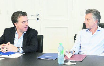 zzzznacp2NOTICIAS ARGENTINAS BAIRES, ENERO 25: El presidente Mauricio Macri encabezó hoy, en la Residencia de Olivos, una reunión de seguimiento de gestión del Ministerio de Hacienda. Foto NAzzzz