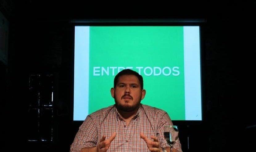 thumbnail_Rodrigo Ocampo