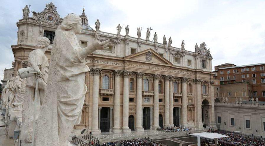 Vaticano_AndreasDueren_CNA_07122014