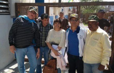 andrea charole junto  A EXCOMBATIENTES