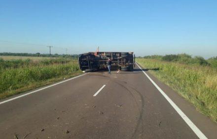 camion_vuelco1_101507_101507