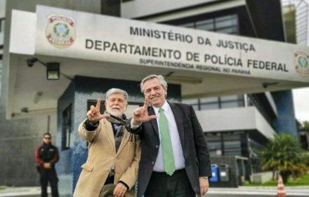alberto-fernandez-cuando-fue-visitar-lula-momentos-que-el-expresidente-brasil-estaba-preso